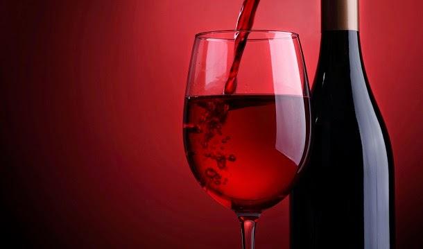 Beber menos álcool melhora doença coronária