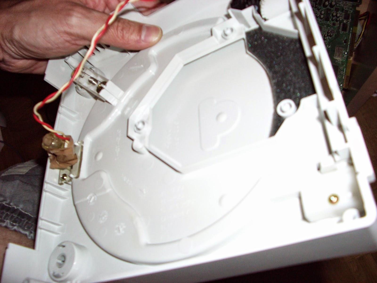 Nuevo led en la carcasa de Dreamcast