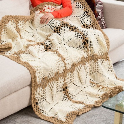 Lacy Floral Throw - Free pattern