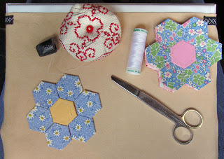 tutorial grandma's flower garden quilt, step 1