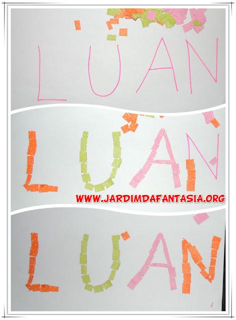 Mosaico letras do nome Projeto Identidade e Autonomia