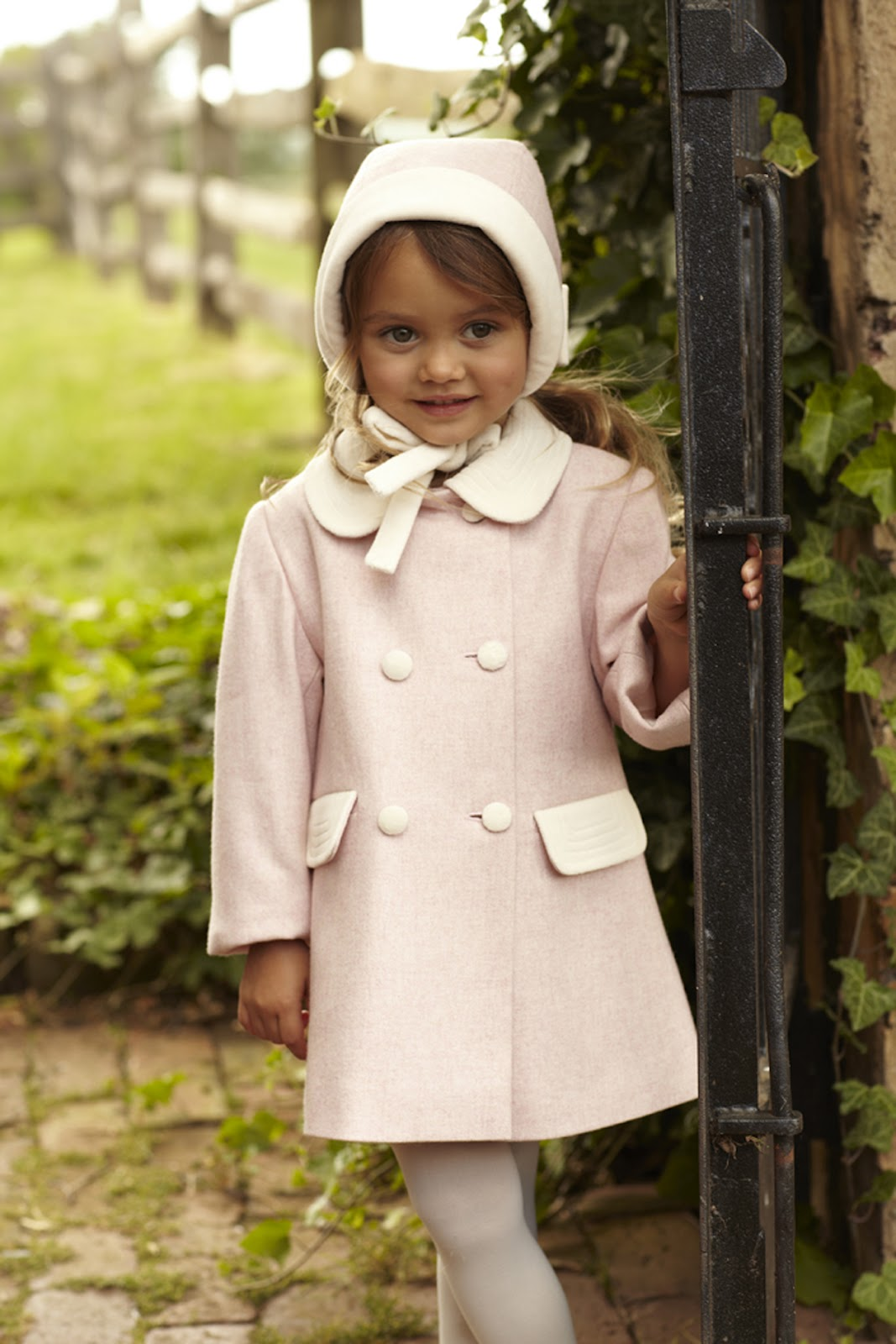 Stylish kids oscar de la renta kids fall 2012 collection for Oscar de la renta childhood