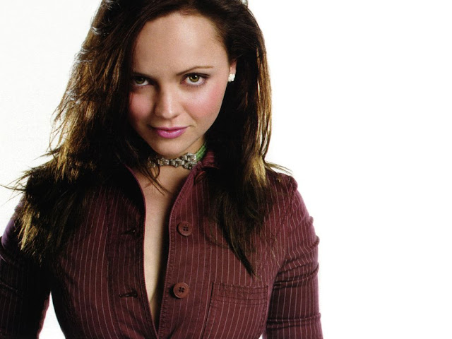 Hot Pictures of Christina Ricci