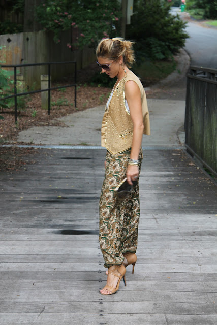 Beaded vest c/o Cigi Guz, Harem Pants from Woman Shops World