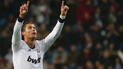 Cristiano Ronaldo HD the Fans of Real Madrid 2013
