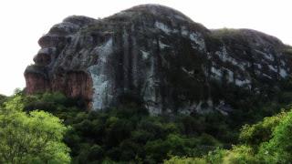 Pedra do Segredo em Caçapava do Sul. Local procurado para rapel