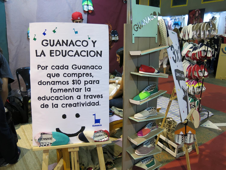 Las coloridas alpargatas de Guanaco.