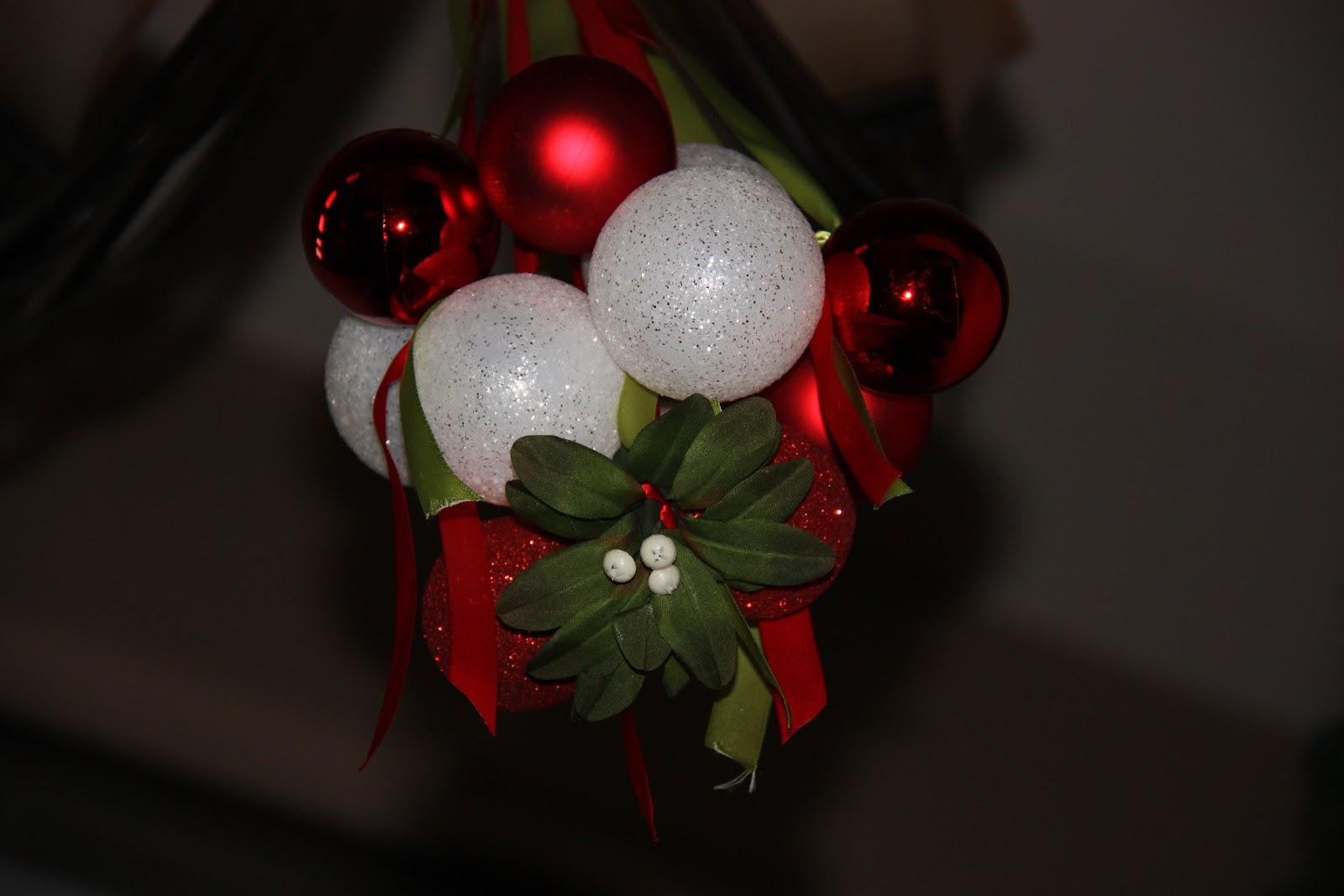 Mistletoe And Ornament Chandelier