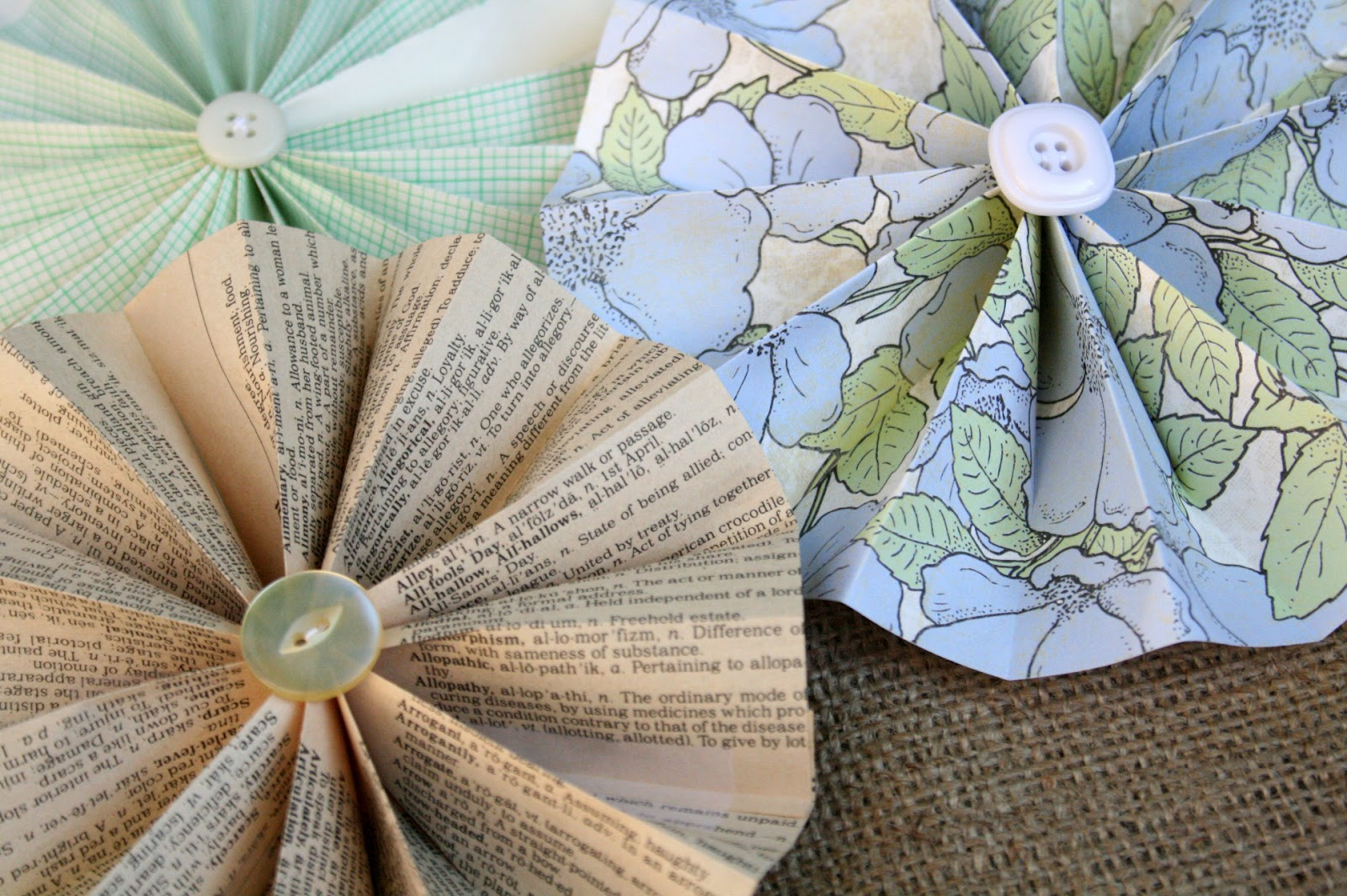The Creative Place Diy Paper Flower Wheels