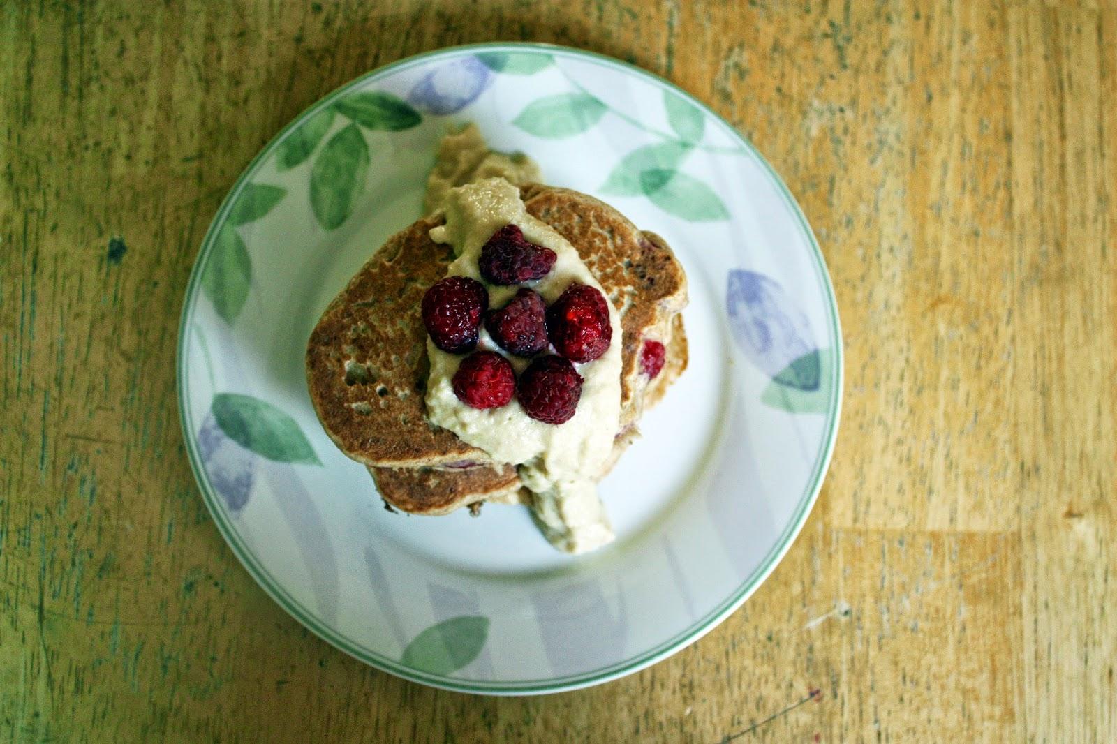 vegan raspberry buckwheat pancakes with cashew cheesecake sauce