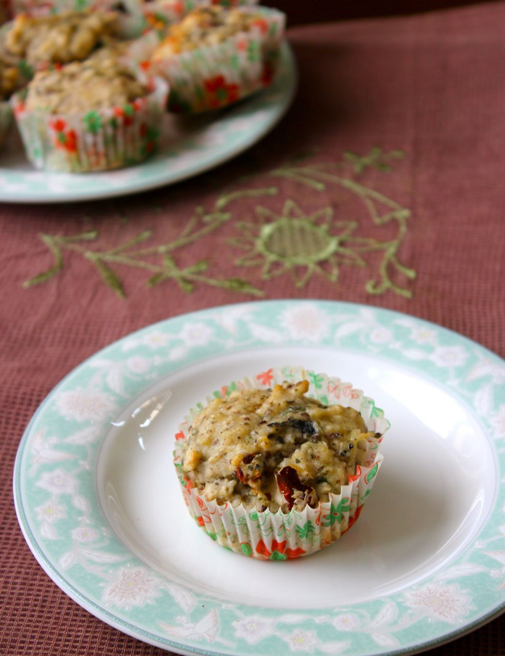 Eggless Savoury Muffins with Sun Dried Tomatoes, Cheese and Olives