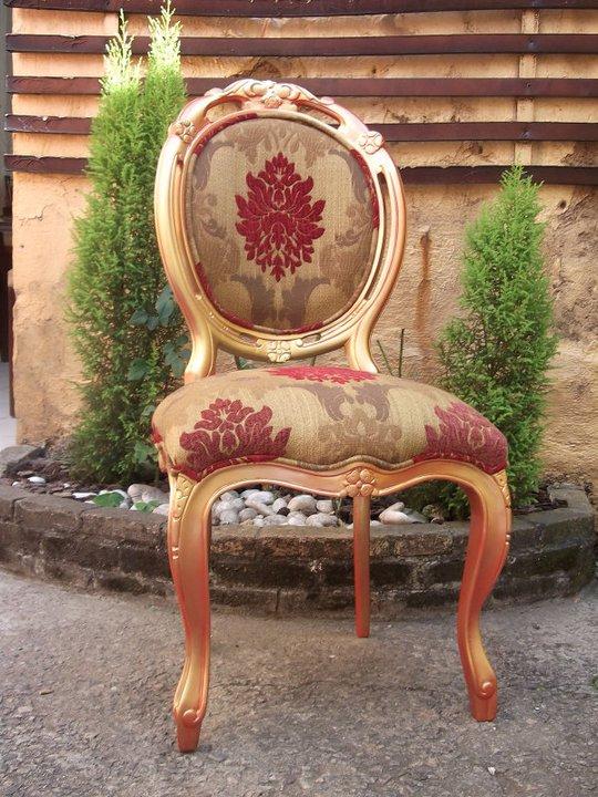 decoracao de interiores estilo colonial:Blog Decoração de Interiores: Cadeira Medalhão Entalhada