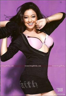 tanushree_dutta_bollywood_hot_girl
