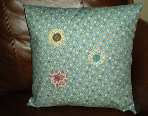 Yo-Yo Flower Pillow