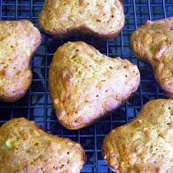 Carla Hall's Cheerios Banana Oat Muffins 11.9.11