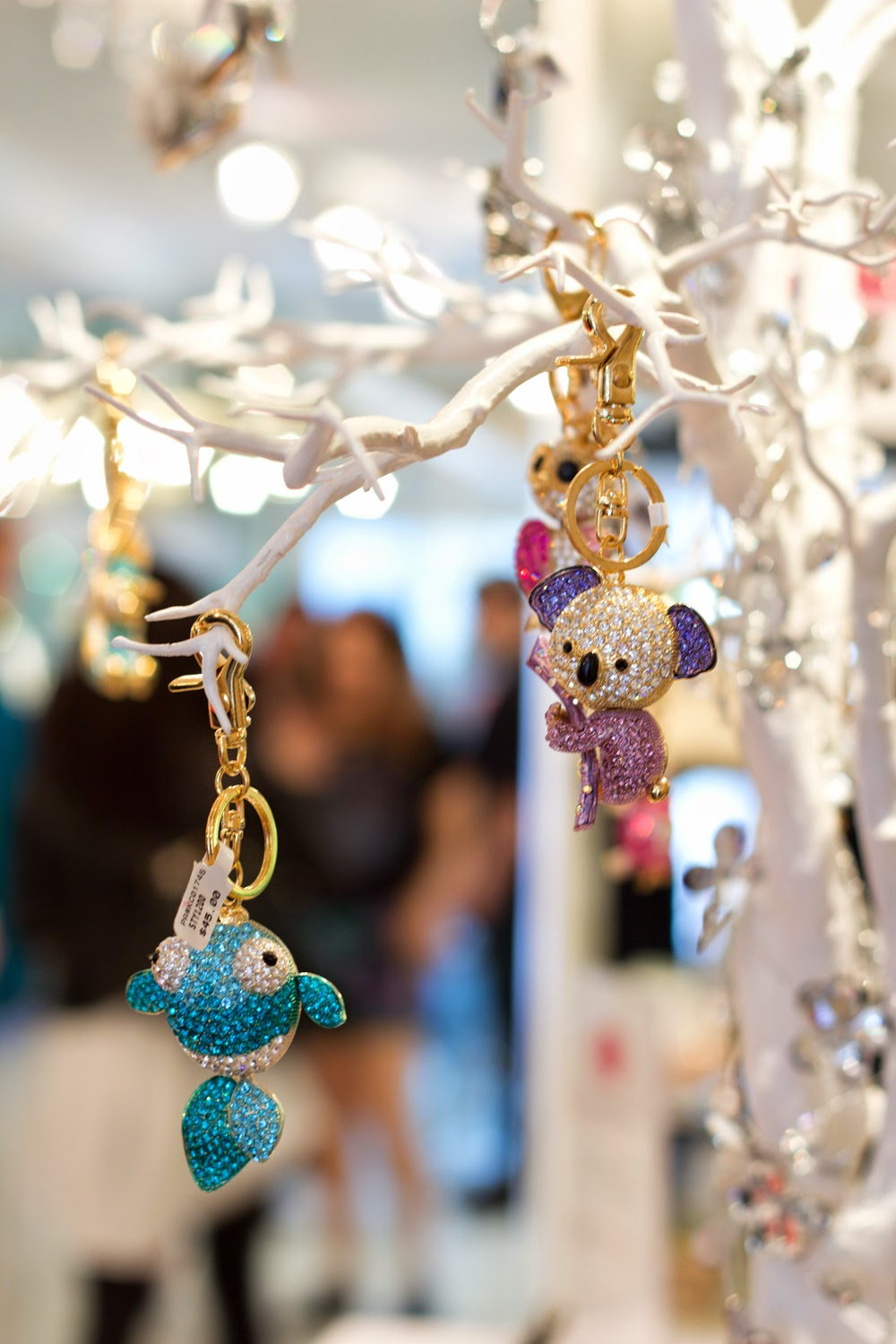artemis-pop-up-jewellery-store-in-yorkville, cute-animals-key-chain