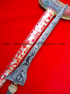 keris pamor rojo gundolo
