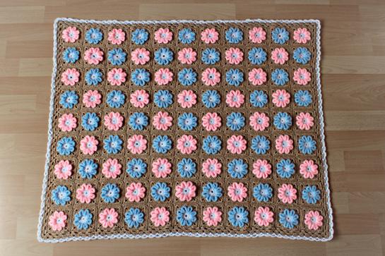 crochet knitting stitch granny square decke zen garden. Black Bedroom Furniture Sets. Home Design Ideas