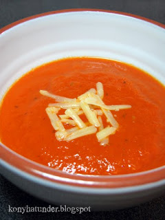 roasted-pepper-tomato-onion-soup
