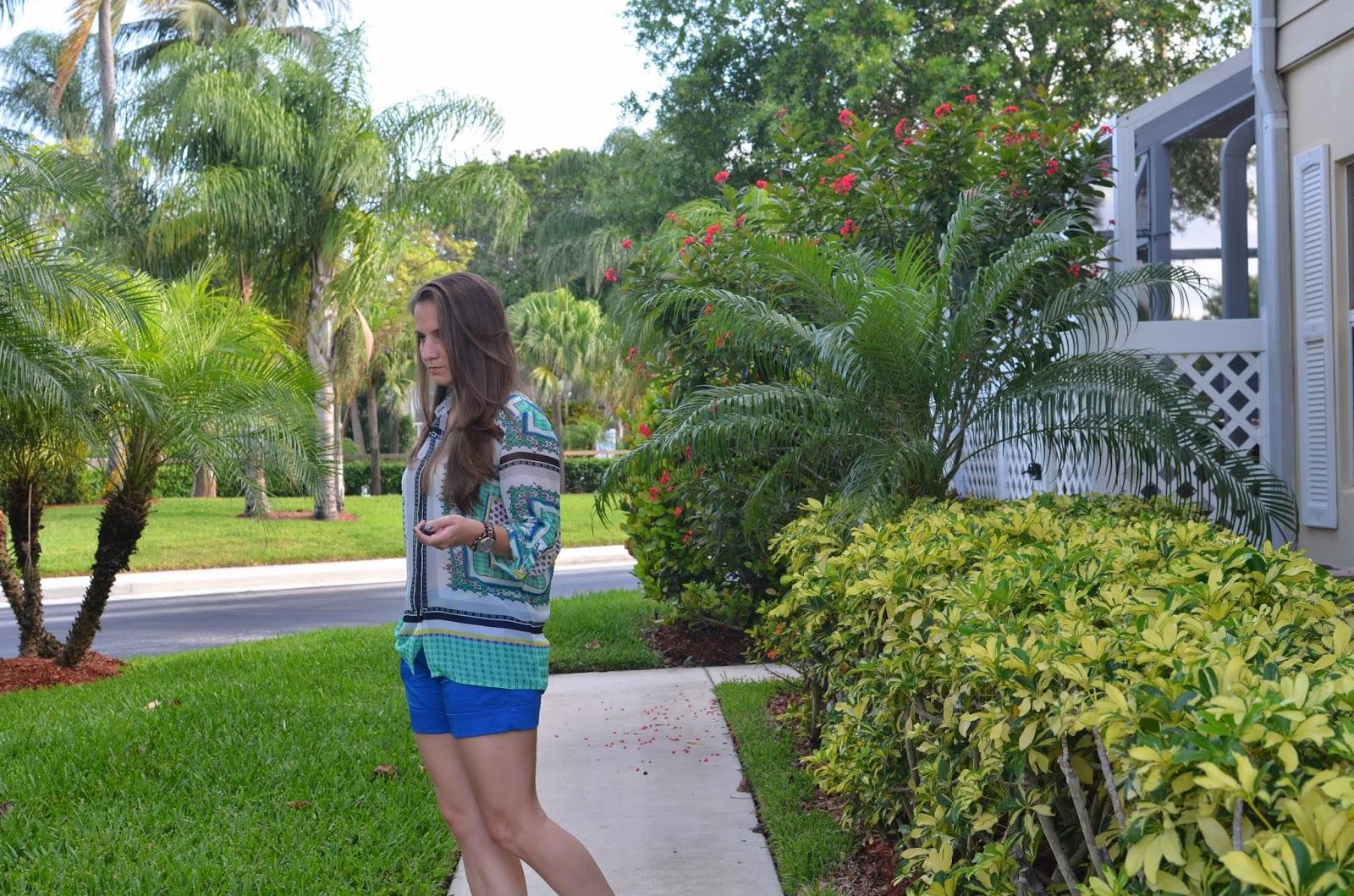 Blue shorts - scarf print top - Emma & Sophia