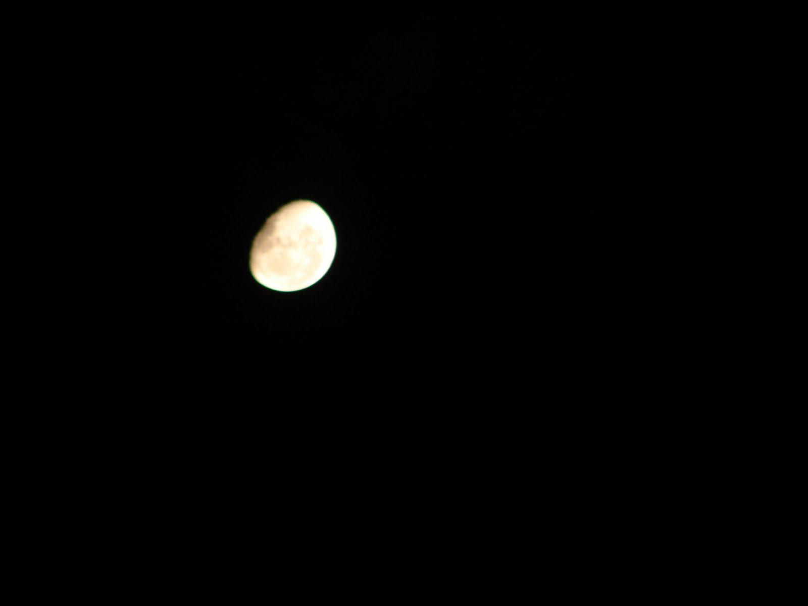 13-enero-2012-La LUNA  muy cerca sec...ufo...