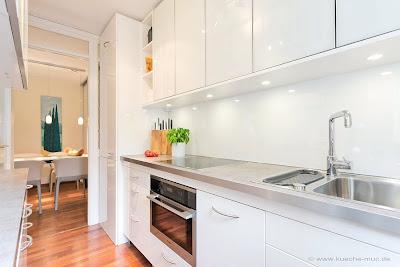 Küche Rückwand, Küchenrückwand erneuern, Hochglanz Laminat, Weisse Küche