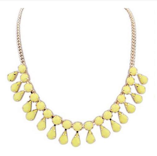 http://www.lovelyshoes.net/Pendant-necklace-water-drops-decoration-Korea-new-style-SX-502-011-g110972.html