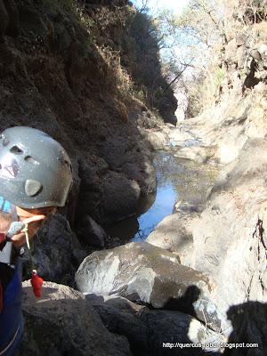 En espera de bajar otra cascada del Cañón de Matatlán