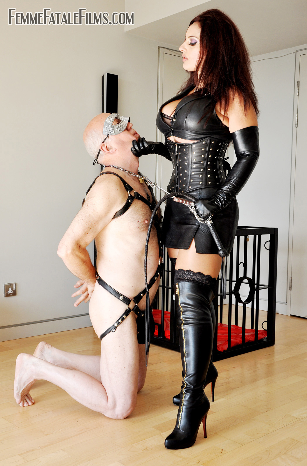 controling boyfriend orgy
