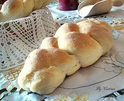 Trecce di pane al latte