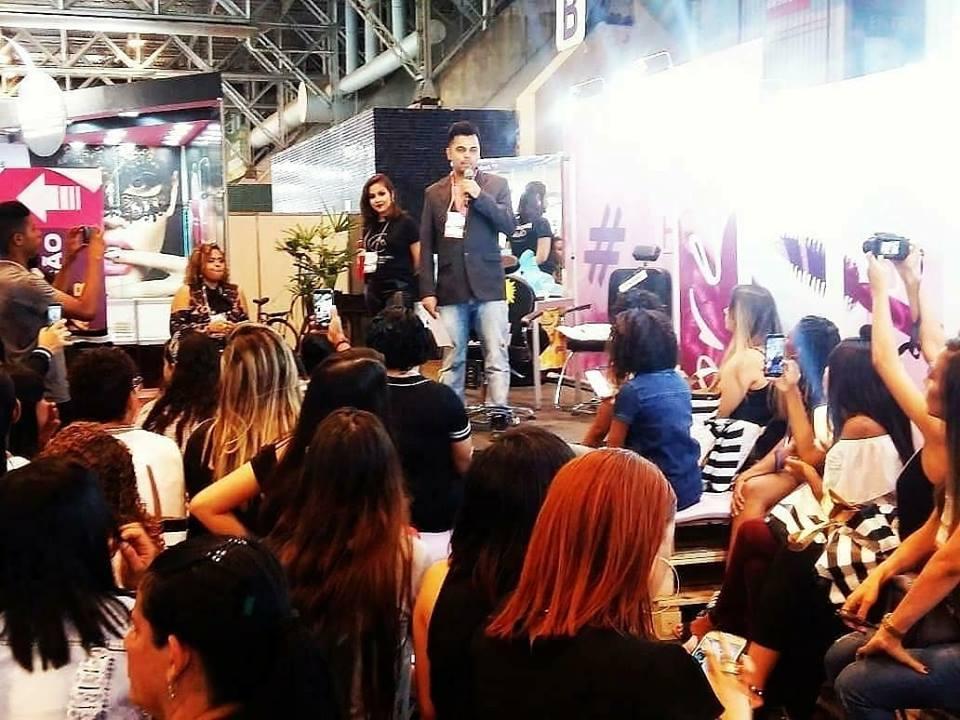 Maykon Menezes, foi o centro das atenções na #hairnor2018: