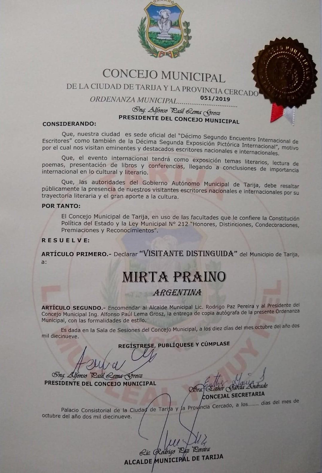 Visitante Distinguida en Tarija firmado por el Alcalde Lic. Rodrigo Paz Pereira