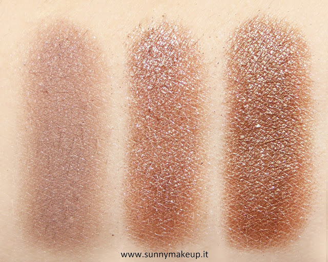 Swatch Make Up For Ever - Palette Artist Nude. Palette di ombretti Artist Shadow. Da sinistra verso destra: S - 556, D - 562, ME - 644.