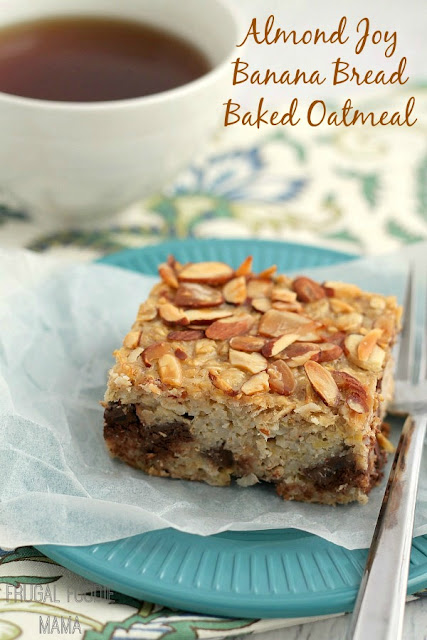With its chunks of dark chocolate, coconut, & toasted almonds, this Almond Joy Banana Bread Baked Oatmeal only tastes like a decadent breakfast treat.
