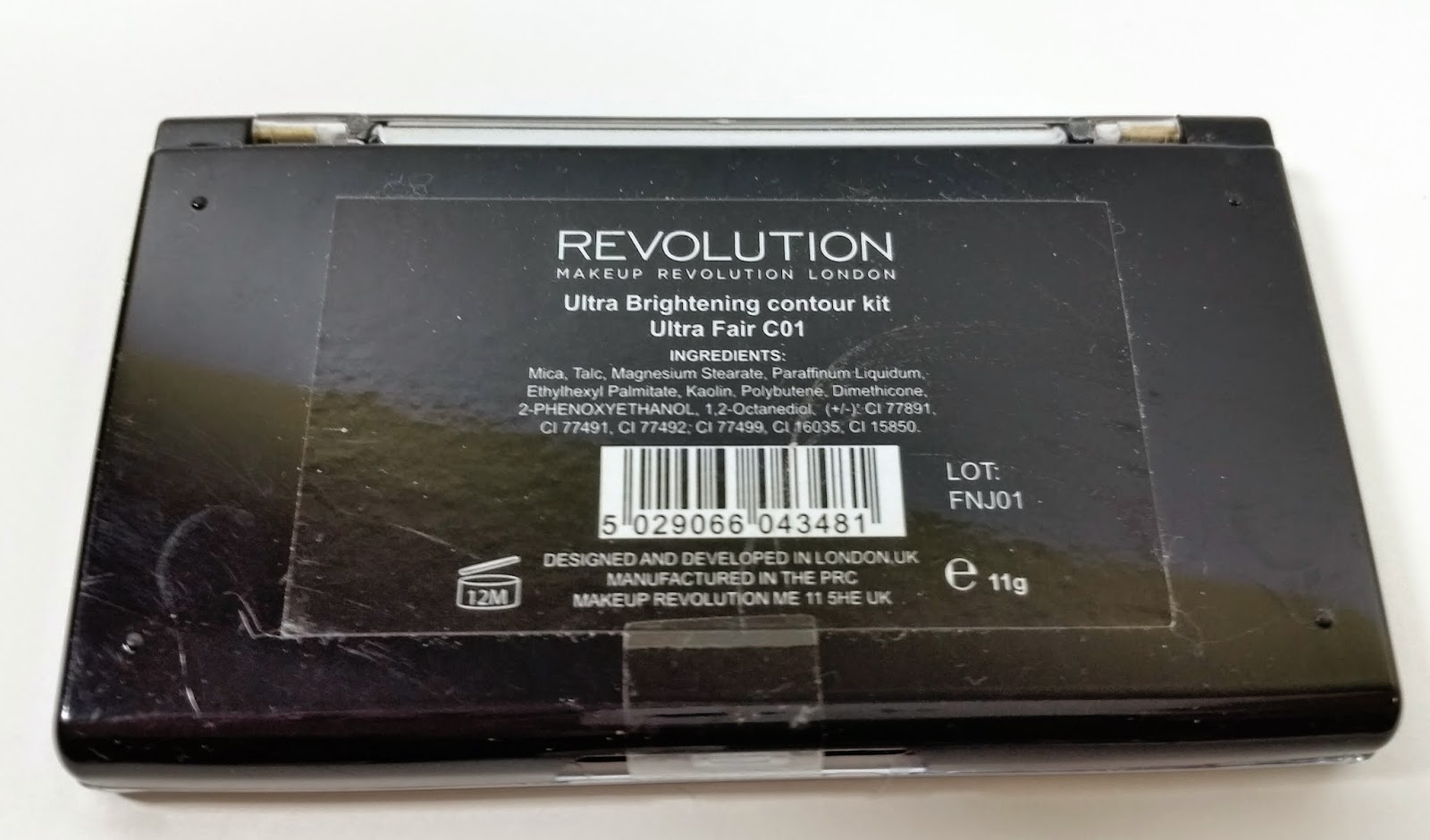 Makeup Revolution Ultra Sculpt & Contour Kit Review and Swatches