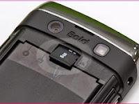Cara Aman Mencabut Kartu Memori dari BlackBerry