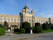 Alle Veranstaltungen des Wiener Lustspielhauses finden Am Hof