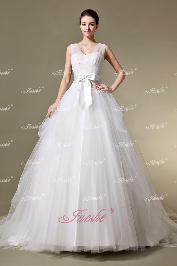 http://www.jueshegowns.co.uk/princess-tulle-ball-gown-wedding-dress-with-sheer-straps-jswd0213.html