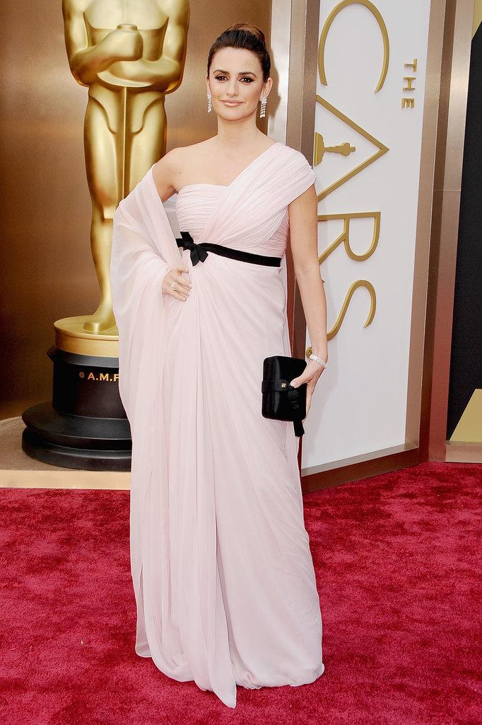 Así_lo_lucieron_ellas_:_Oscars_2014_The_Pink_Graff_05