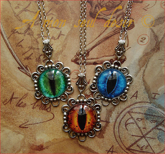 Collier Oeil Dragon Yeux Chat Serpent Reptile Fantasy Fantastique Smaug