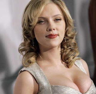 Scarlett Johansson Hottest Boobs Photos