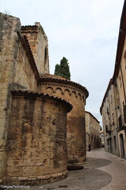 Esglesia romanica de Sant Vicenç de Besalu Garrotxa