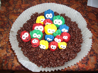 Large Club Penguin Nest Cake with Puffles