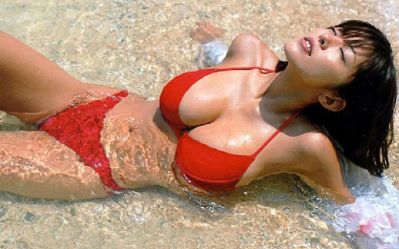 Harumi Nemoto (Japan) | Hot and Beautiful Women of the World