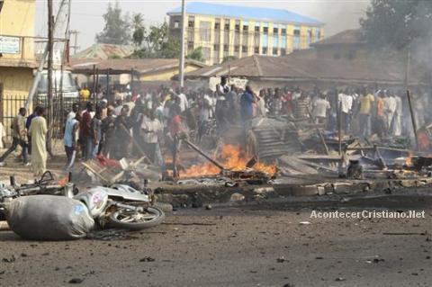 Queman Cristianos en Nigeria 2012 de Cristianos en Nigeria