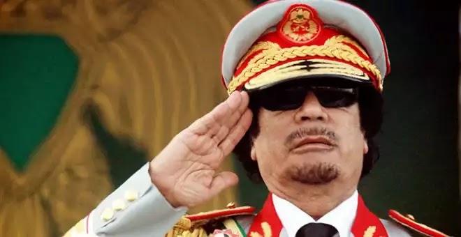 """Γιατί σκότωσαν τον Καντάφι – """"Μια ιστορία που πρέπει να διαβάσετε"""""""