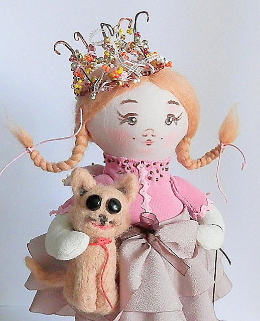 кукла интаяерьерн