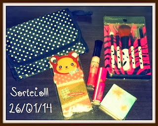 http://www.brechohtemdetudo.blogspot.com.br/2013/12/sorteio-entre-amigas-participem.html