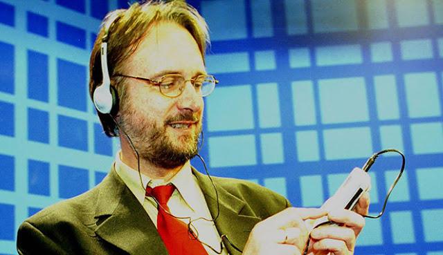 Karl Heinz Brandenbrug Penemu MP3