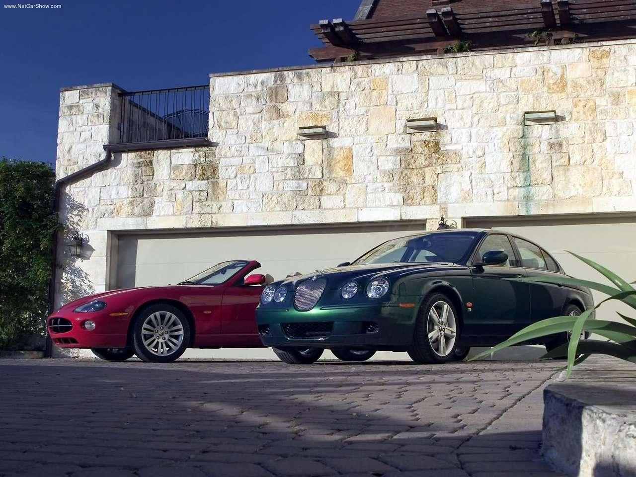 http://2.bp.blogspot.com/-O1W0q4gK9gk/TZiqS-LoyvI/AAAAAAAACec/3-buvBQI0eY/s1600/Jaguar-XK8_Convertible_2005_1280x960_wallpaper_08.jpg
